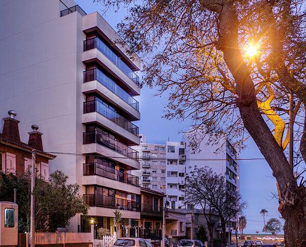 Foto Departamento en Venta en  Punta Carretas ,  Montevideo  CON RENTA, metros del Golf