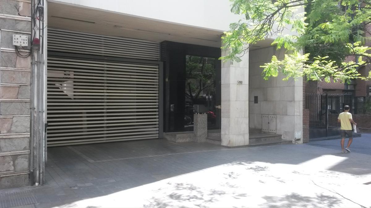 Foto Cochera en Alquiler en  Nueva Cordoba,  Capital  San Lorenzo 400