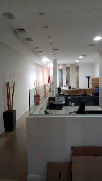 Foto Local en Alquiler en  Retiro,  Centro (Capital Federal)  Av. Santa Fe al 800