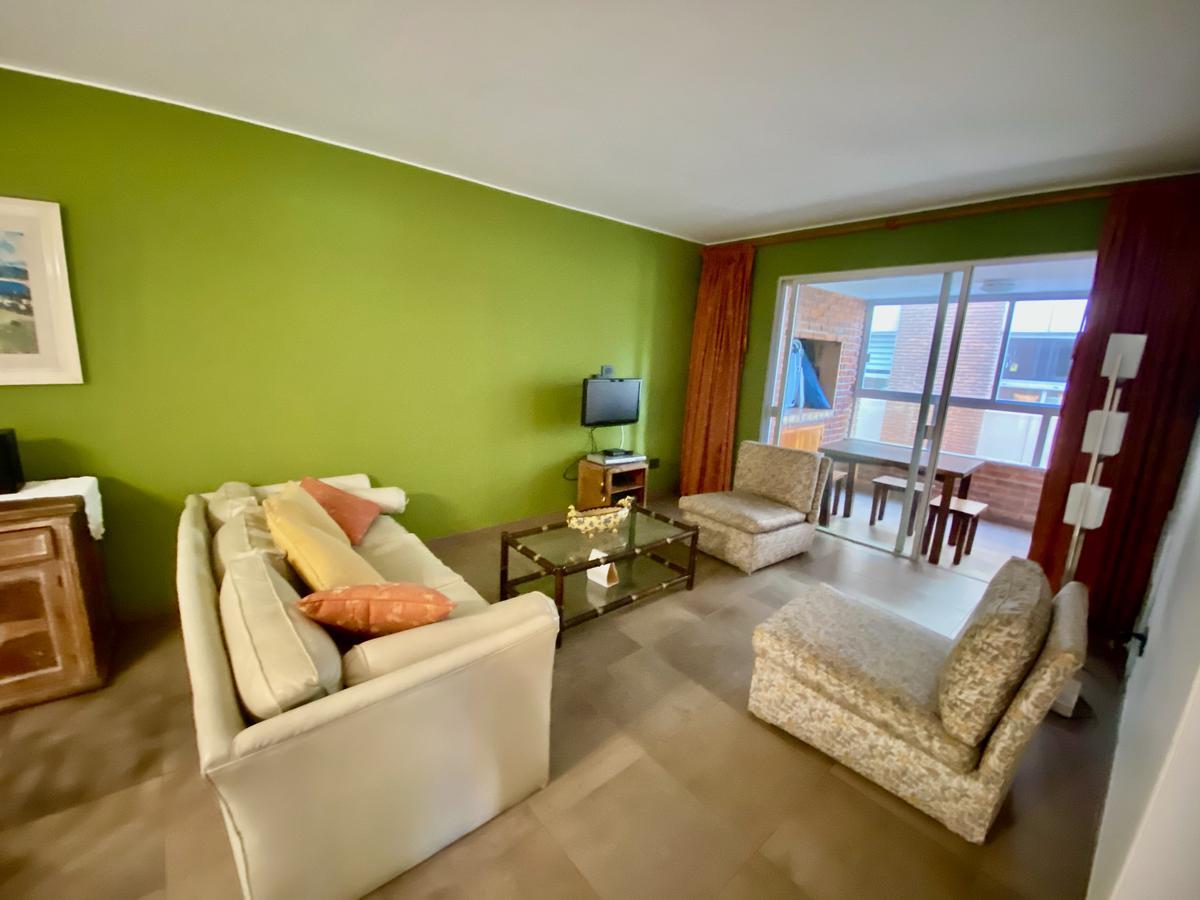 Foto Apartamento en Venta en  Playa Mansa,  Punta del Este  Ilha Bela