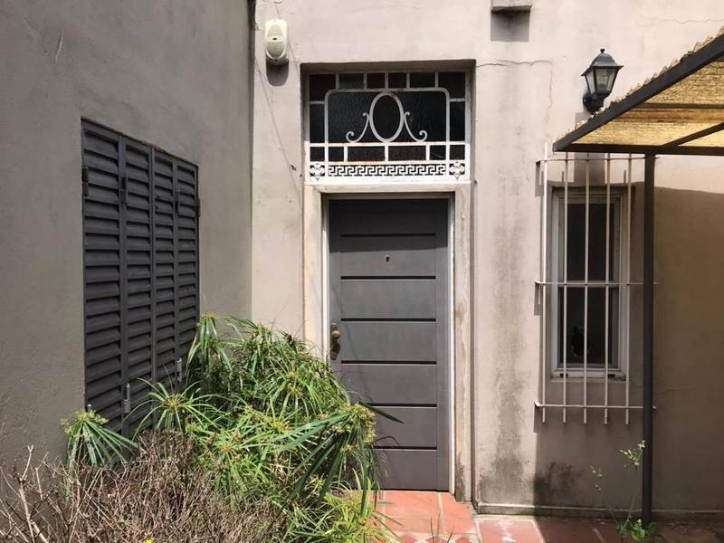 Foto Casa en Venta en  La Plata,  La Plata  21 E/ 65 y 66