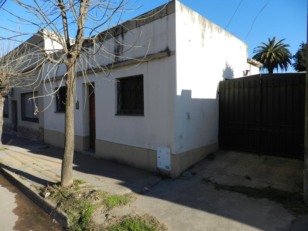 Foto Casa en Venta en  Capilla Del Señor,  Exaltacion De La Cruz  Apta Crédito hipotecario