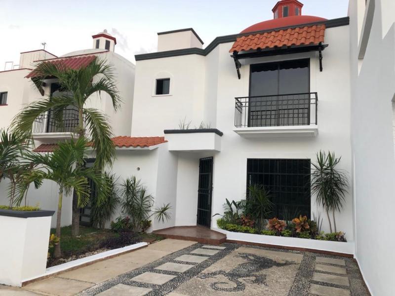Foto Casa en Renta en  Playa del Carmen ,  Quintana Roo  Casa en la Toscana