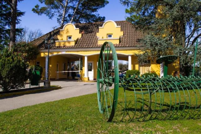 Foto Casa en Venta en  El Resuello,  Countries/B.Cerrado  El Resuello - Casa llave en Mano - A estrenar - Con lote incluido