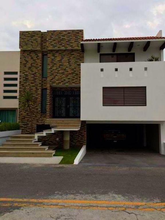 Foto Casa en condominio en Venta en  Hacienda San José,  Toluca  Residencia en Hda. Sn José, Toluca
