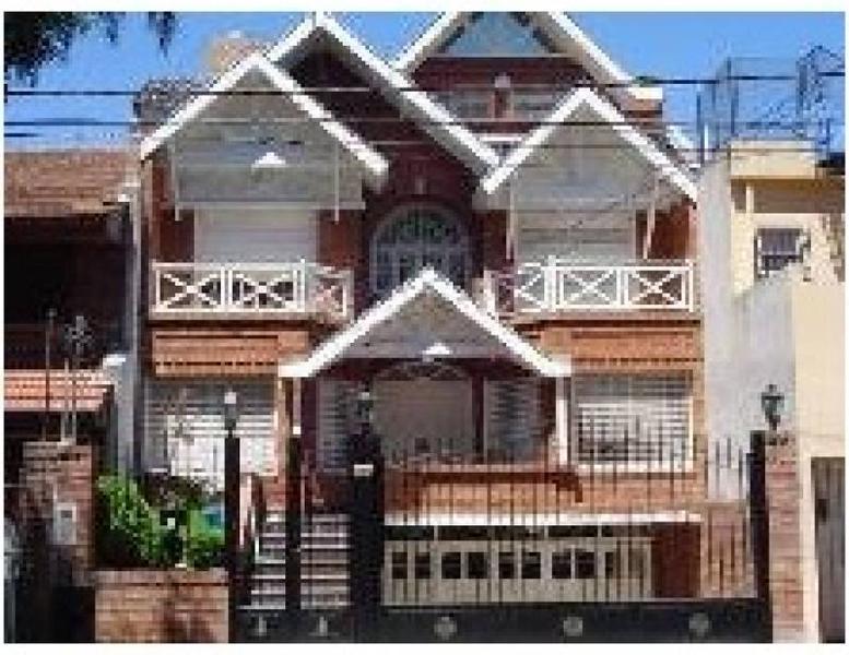 Foto Casa en Alquiler en  Martinez,  San Isidro  Pirovano al 500