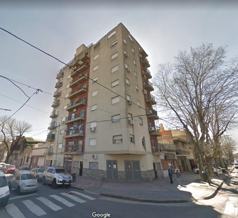 Foto Departamento en Alquiler en  Pompeya ,  Capital Federal  Gual al 2300