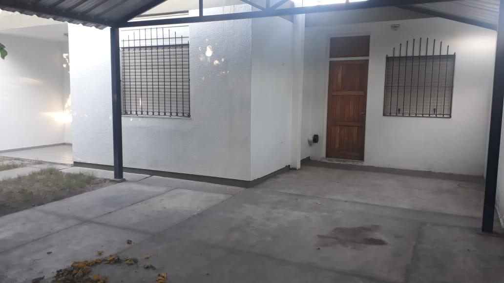 Foto Casa en Alquiler en  Capital ,  San Juan  José M. de Azcuénaga 1250 Sur, Barrio Porres