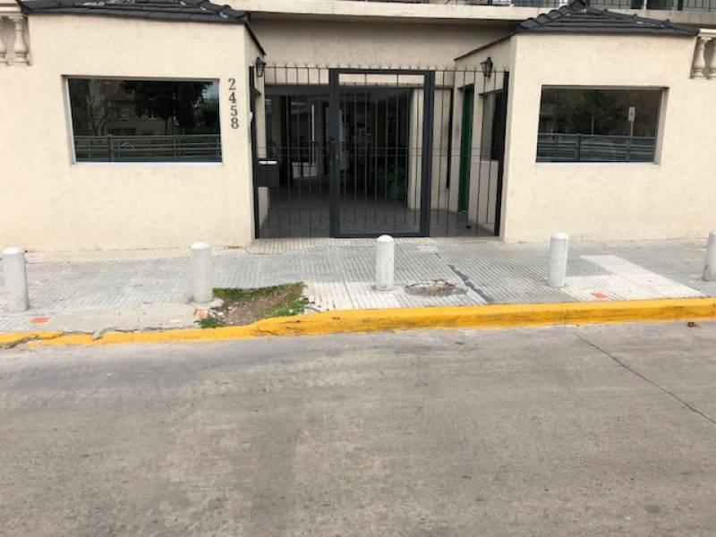 Foto Cochera en Venta en  Beccar,  San Isidro  Avenida Centenario  al 2400
