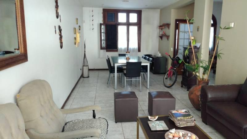 Foto Casa en Venta en  Martin,  Rosario  9 DE JULIO 268 Casa 4 Dormitorios Barrio Martin