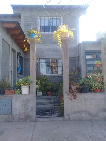 Foto Casa en Venta en  Carrodilla La Puntilla,  Lujan De Cuyo  Barrio Parque Universitario