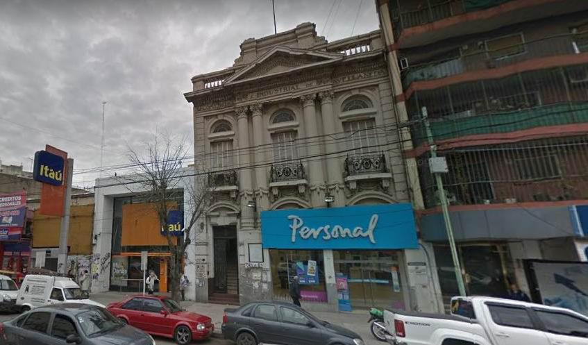 Foto Local en Alquiler en  Avellaneda ,  G.B.A. Zona Sur  Av. Mitre 425