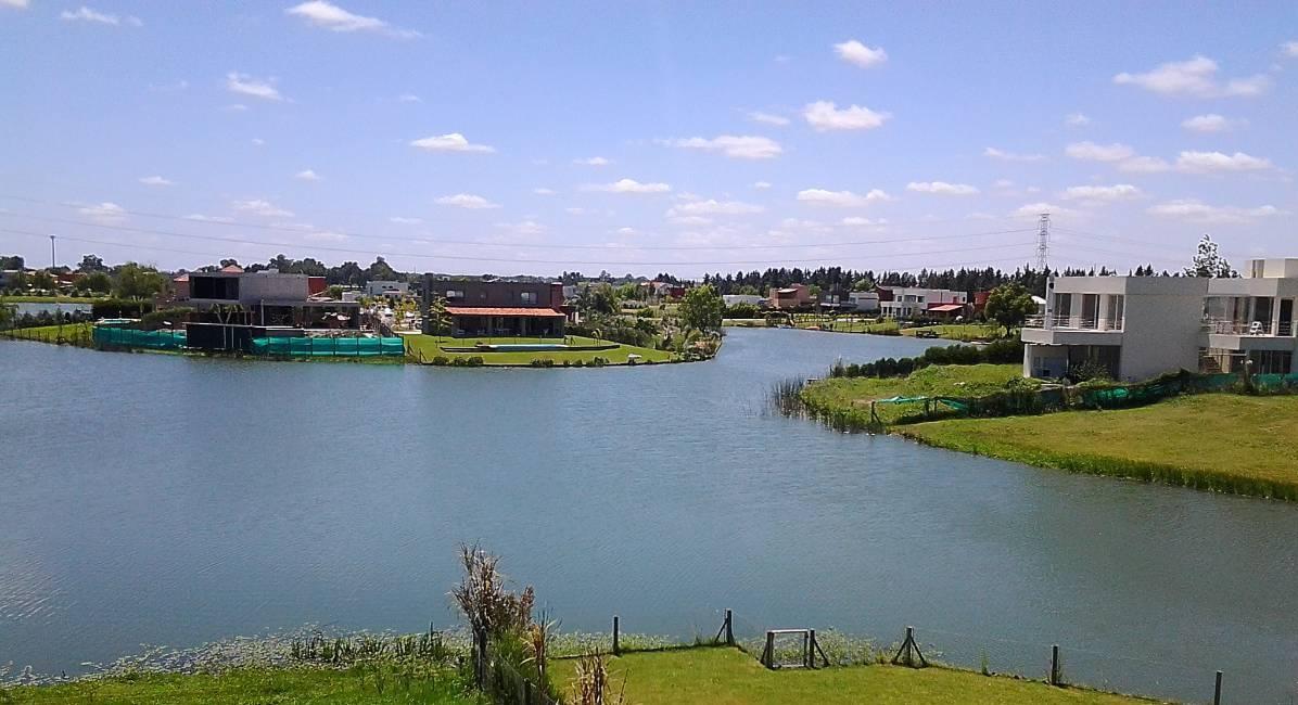 Foto Terreno en Venta en  San Benito,  Villanueva  San Benito. Lote la laguna