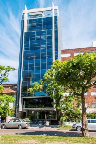 Foto Oficina en Alquiler en  Pocitos ,  Montevideo  26 de Marzo y Marco Bruto