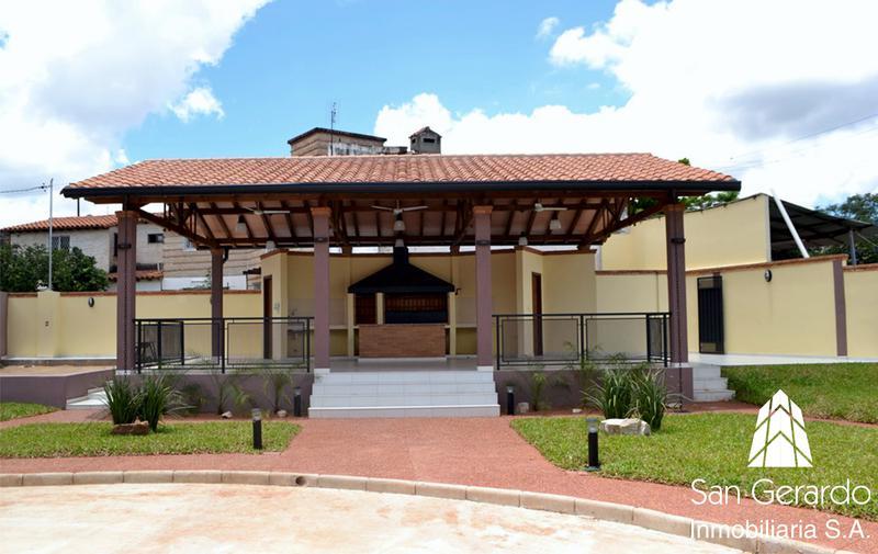 Foto Casa en Venta en  Orilla del Campo Grande,  Zona Norte  Zona Mcal. López y Sta. Teresa