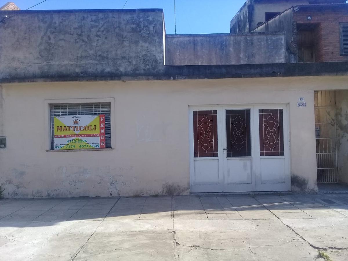 Foto Casa en Venta en  General San Martin ,  G.B.A. Zona Norte  Pringles al 4300