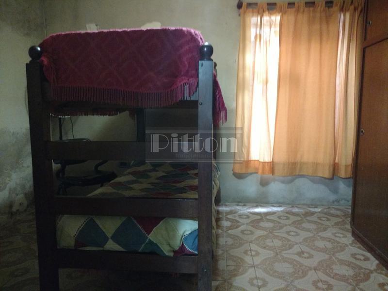 Foto Casa en Venta en  Lomas De Zamora ,  G.B.A. Zona Sur  Pueyrredón 412