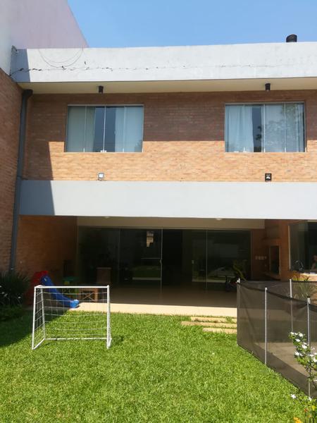 Foto Casa en Venta en  Mburucuya,  Santisima Trinidad  Zona Colegio Lumen
