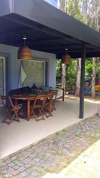 Foto Casa en Alquiler temporario en  Santa Barbara,  Countries/B.Cerrado  Hermosa Casa en Santa Barbara
