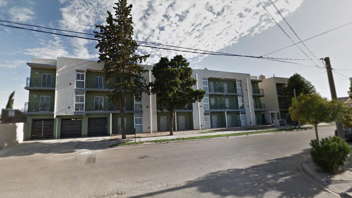 Foto Departamento en Alquiler en  Santa Rosa,  Capital  Marquez al 1500