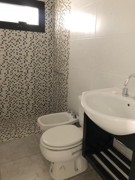 Foto Casa en Venta en  Inaudi,  Cordoba  Barrio Inaudi - Casa Reciclada! 3 Dormitorios!