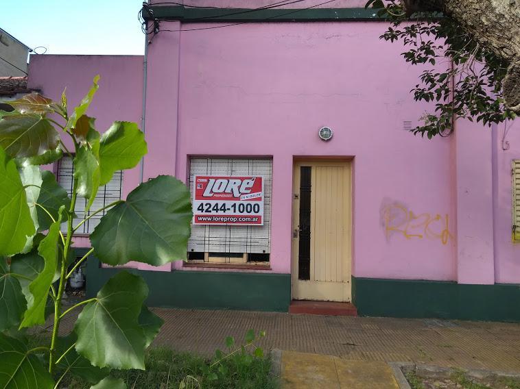 Foto Departamento en Alquiler en  Lomas De Zamora ,  G.B.A. Zona Sur  Carlos Tejedor al 400