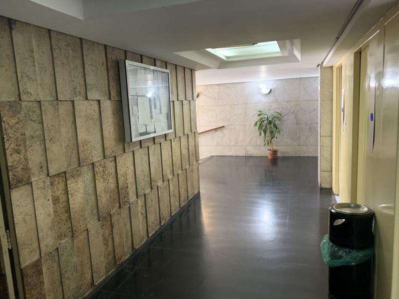 Foto Departamento en Venta en  Monserrat,  Centro  Av. De Mayo 1300