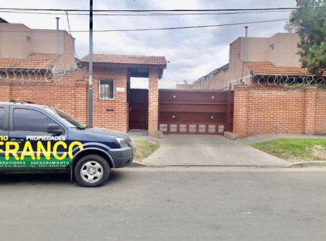 Foto Casa en Venta en  San Miguel,  San Miguel  Pavon al 2500