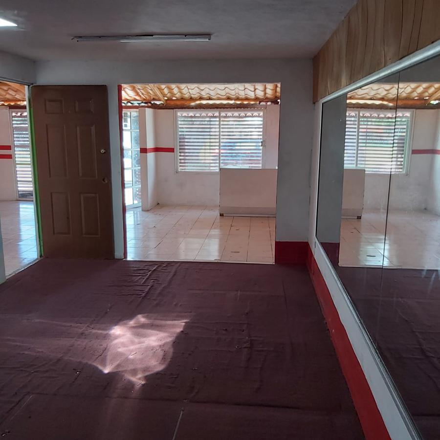 Foto Local en Venta en  Fraccionamiento Francisco de Montejo,  Mérida  Casa/local  venta en Merida- Francisco de Montejo