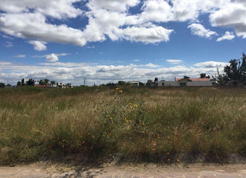 Foto Terreno en Venta en  Congregacion La Aldea,  Silao  Terreno en Venta en Residencial Campestre Privado LOS NOGALES, Silao,