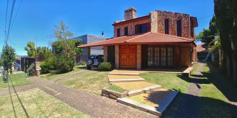 Foto Casa en Venta en  San Carlos,  Mar Del Plata  Olavarria al 4400