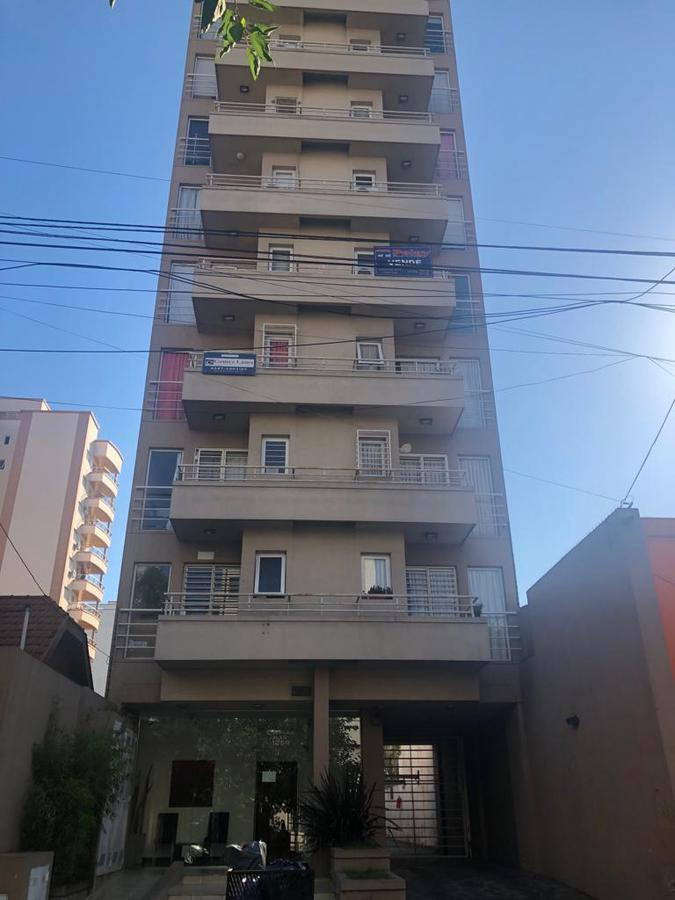 Foto Departamento en Alquiler en  Lanús Este,  Lanús  Tucuman Nº al 1200
