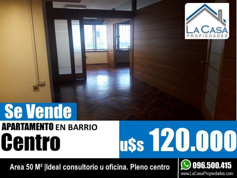 Foto Oficina en Venta en  Centro (Montevideo),  Montevideo  18 De Julio  100