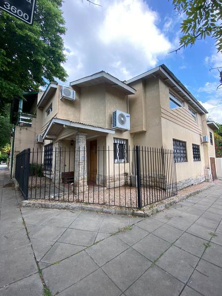 Foto Casa en Venta en  La Lucila,  Vicente Lopez  Debenedetti al 1000
