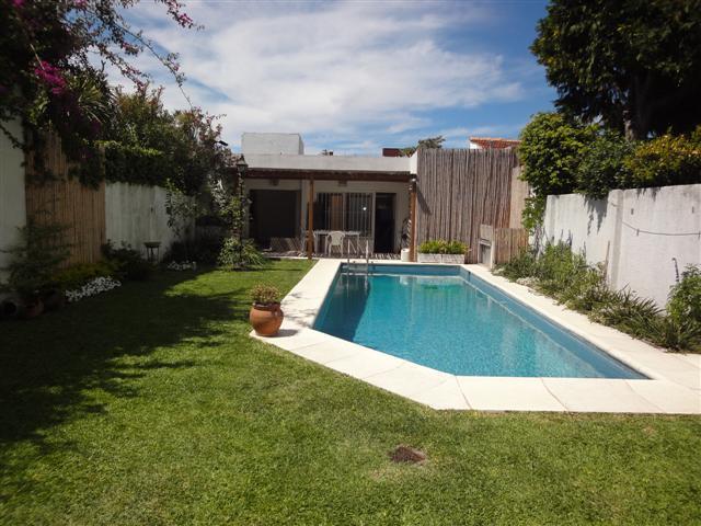 Foto Casa en Alquiler temporario en  La Lucila,  Vicente Lopez  Salta