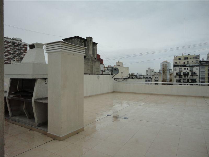 Foto Departamento en Alquiler en  Balvanera ,  Capital Federal  Bartolomé Mitre al 2200