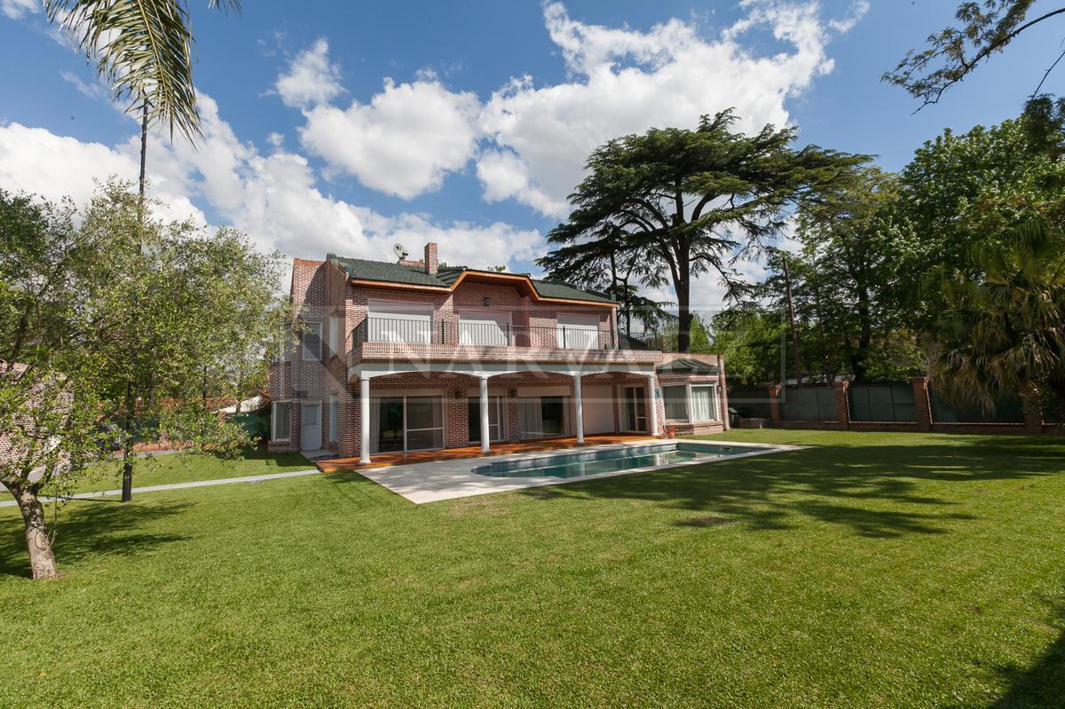 Casa en Venta en Las Lomas-San Isidro de 13 ambientes