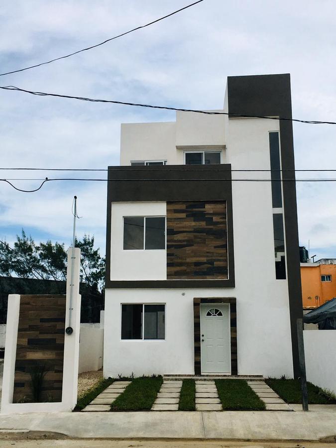 Foto Casa en Venta en  Tamaulipas,  Tampico  Hermosa casa en venta en Colonia Tamaulipas, Tampico