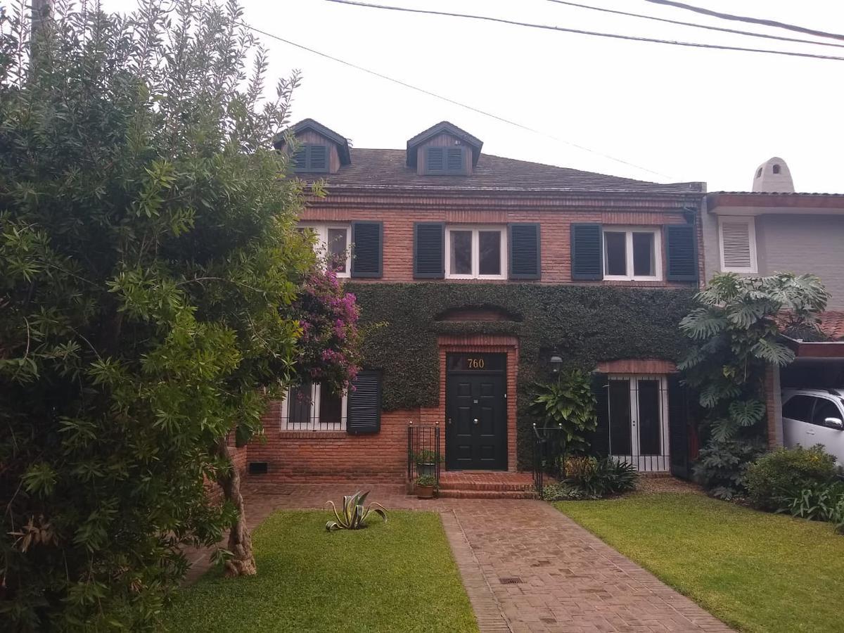 Foto Casa en Venta en  Beccar-Libert./Rio,  Beccar  washington al 700