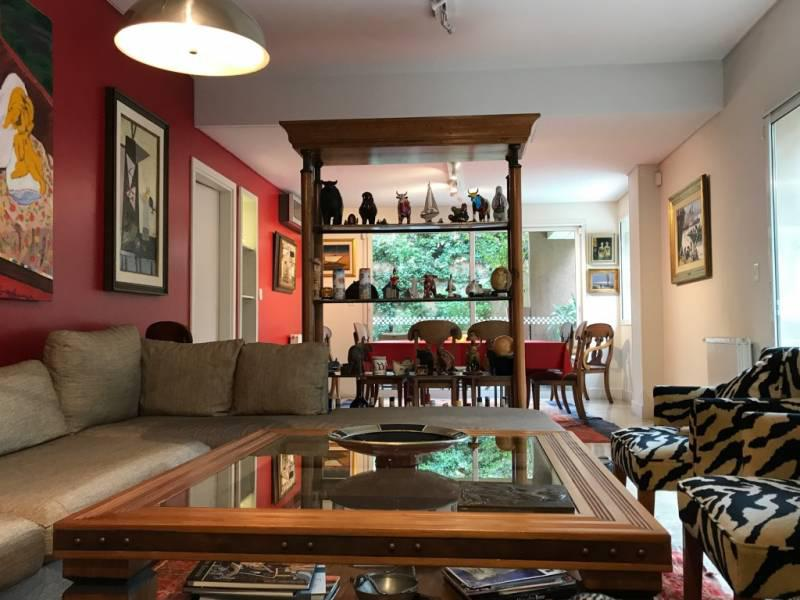 Foto Casa en Alquiler | Venta en  Acassuso,  San Isidro  Guemes al 1200