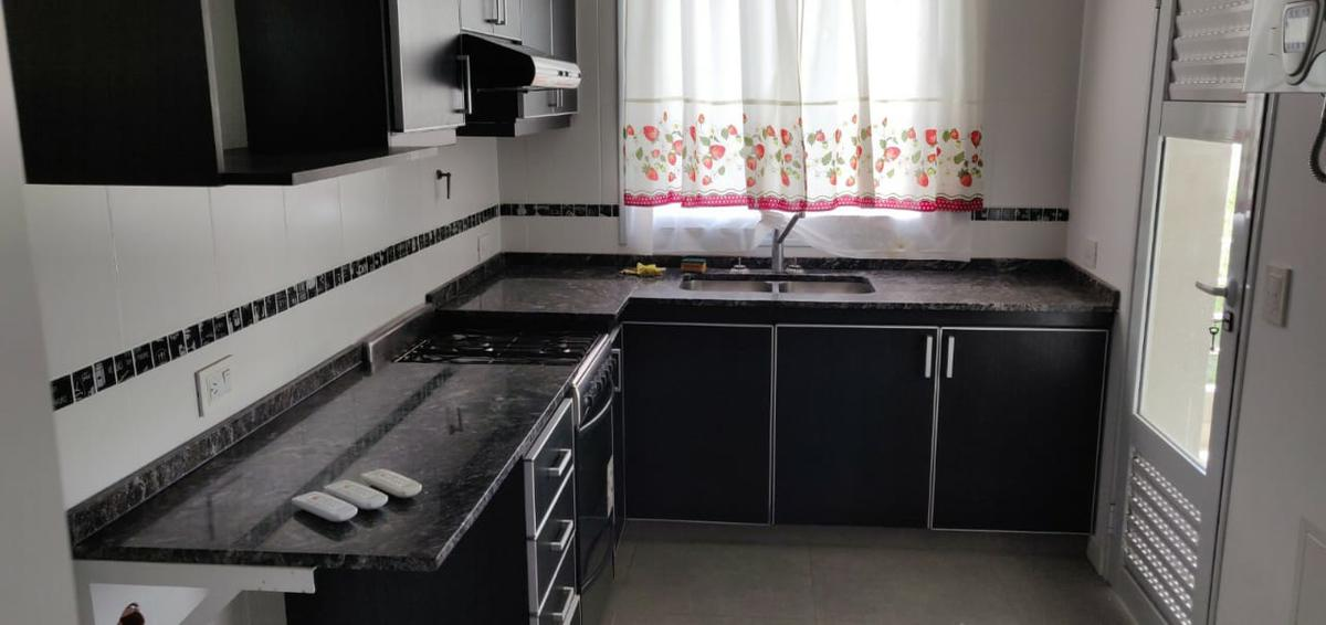 Foto Departamento en Venta en  Dalvian,  Mendoza  Condominio Ayres