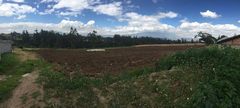 Foto Terreno en Venta en  Tababela,  Quito  TABABELA SE VENDE TERRENOS IDEALES PARA USO MÚLTIPLE
