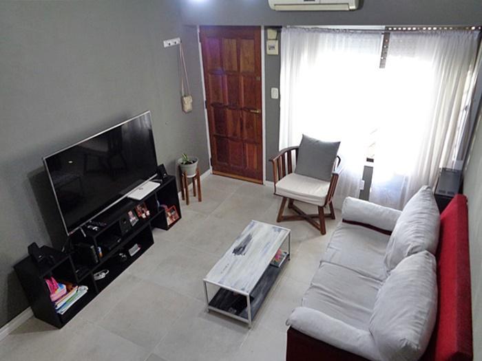 Foto Casa en Venta en  Carapachay,  Vicente Lopez  Derqui al 5400