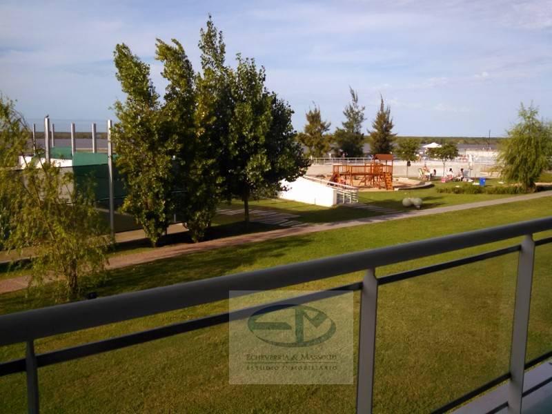 Foto Departamento en Venta en  Centro,  Rosario  Cándido Carballo 230