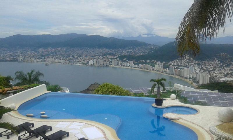 Foto Casa en Renta en  Unidad habitacional Club Residencial las Brisas,  Acapulco de Juárez  Renta de Villa por dia  en las Brisas Acapulco