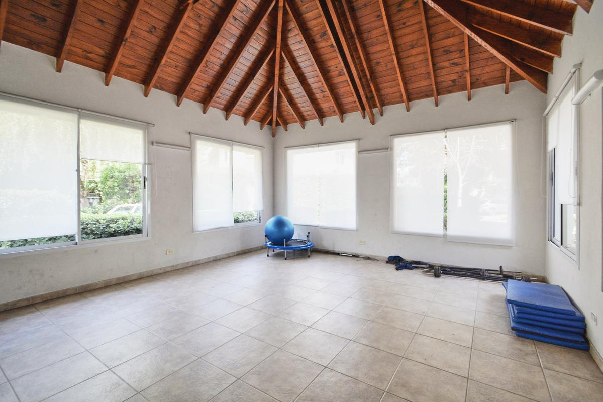 Foto Casa en Venta en Gorostiaga al 1700, G.B.A. Zona Oeste   Ituzaingó   Maria del Parque