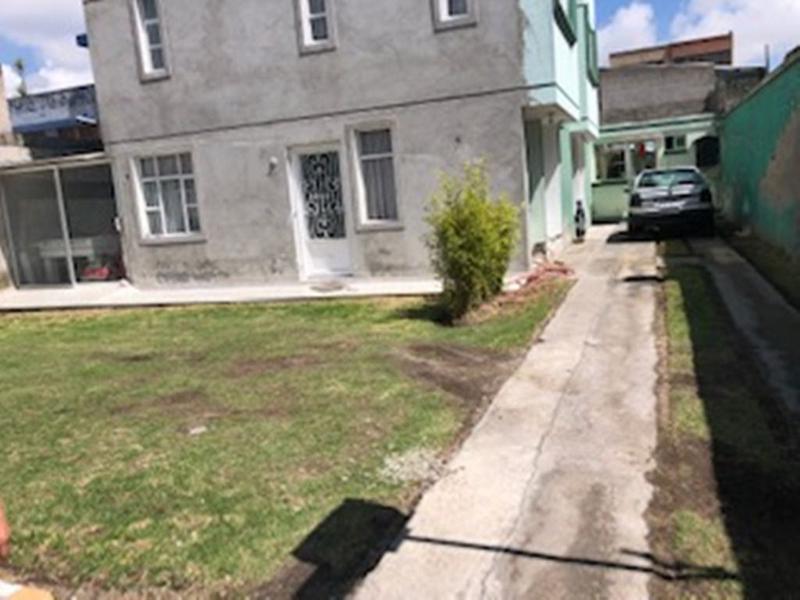 Foto Casa en Venta en  Norte de Quito,  Quito  Amplia casa, sector Solca, 3 dormitorios