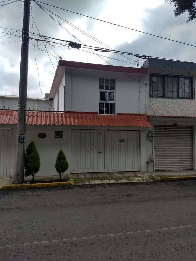 Foto Casa en Venta en  Metepec ,  Edo. de México  Casa en VENTA/RENTA Fraccionamiento Sauces, Casablanca, Metepec, Estado de México