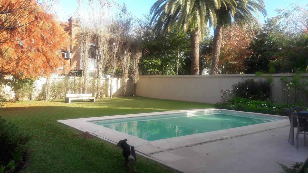 Foto Casa en Venta en  Mart.-Libert./Rio,  Martinez  Presidente Quintana al 2600