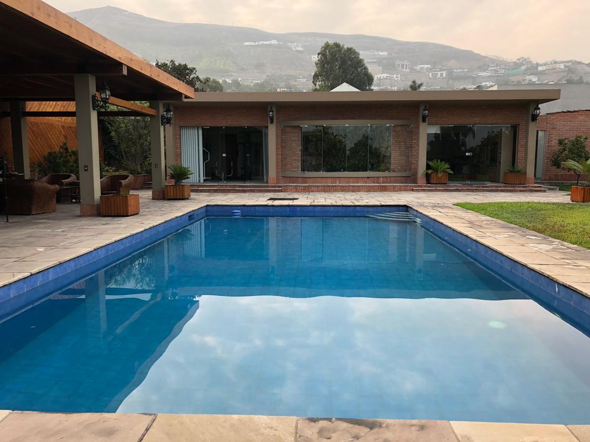 Foto Casa en Venta en  Santiago de Surco,  Lima  CALLE CERRO SAN FRANCISCO 2XX